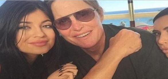 Kim Kardashian, Bruce et Kylie Jenner