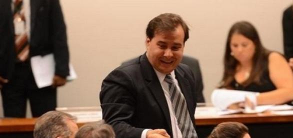 Relator da proposta: Rodrigo Maia (DEM-RJ)