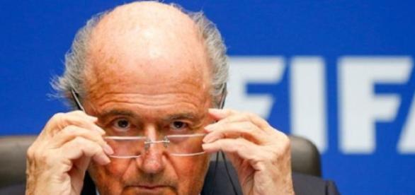 Blatter va-t-il une nouvelle fois s'en sortir ?