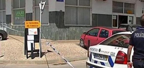 Crime ocorreu a poucos metros da Esquadra da PSP