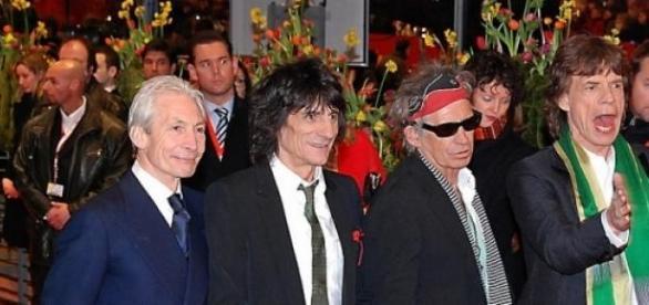 Los Rolling Stones dan un show para 600 personas