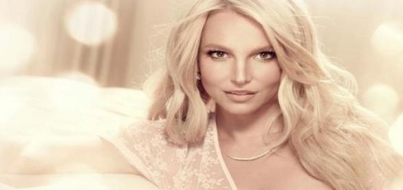 B. Spears: Als könnte sie kein Wässerchen trüben