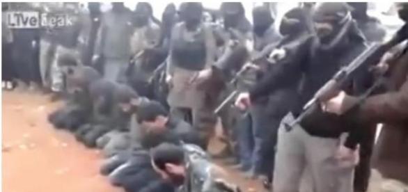 Sute de persoane au fost executate de ISIS