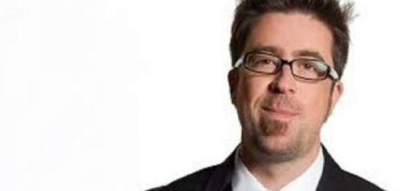 Rafael Sarmiento, comentarista transmisión de TNT