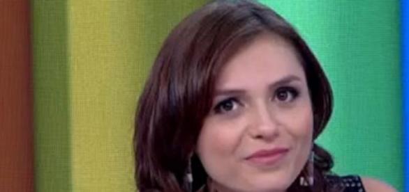 Mônica Iozzi chama Fernando de cafajeste