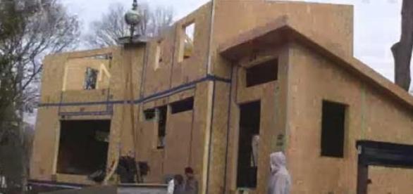Opt case pentru familiile nevoiase din Ploiesti
