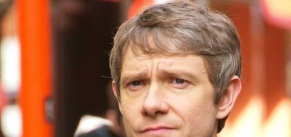 Martin Freeman en el set de Sherlock