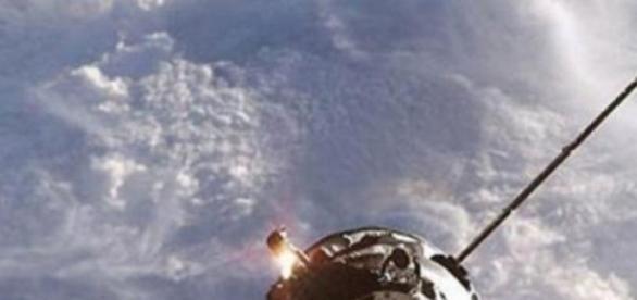 Naveta spaţială Progress M-27M se prăbuşeşte