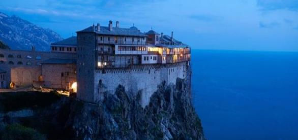 Sono venti i monasteri dell'Athos