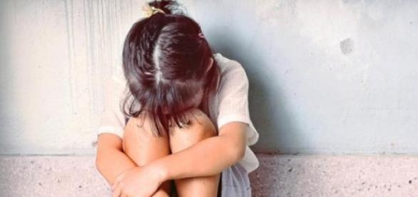 Bărbat din Timiș acuzat că a violat două fetițe