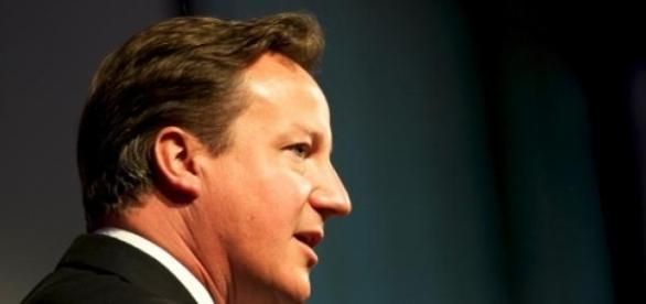 David Cameron rămâne premier
