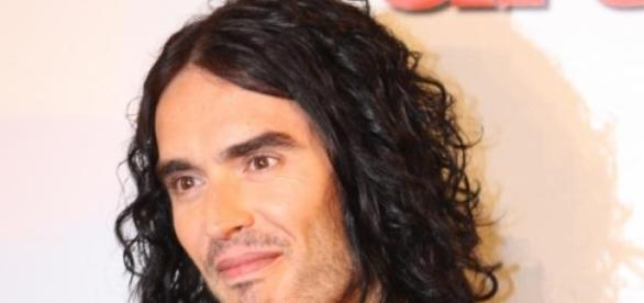 Russell Brand to step away from politics