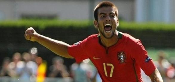 "Sérgio Oliveira prepara-se para regressar a ""casa"""