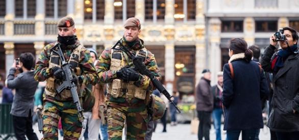 Soldats belges - nouveaux uniformes
