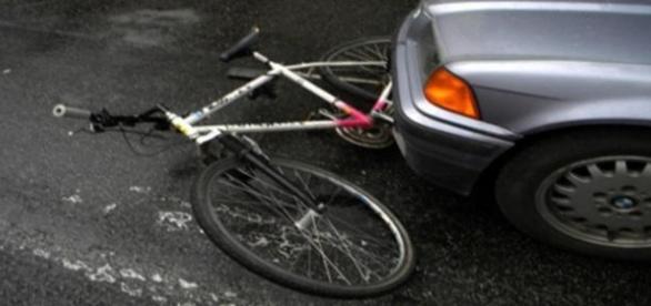 Român pe bicicletă ucis în traficul italian!