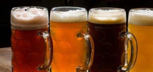 S-a votat ieftinirea berii la halbă