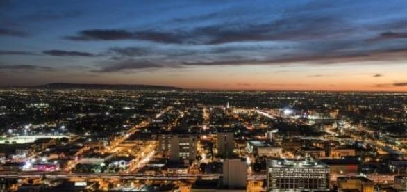 A cidade dos milhões de luzes.