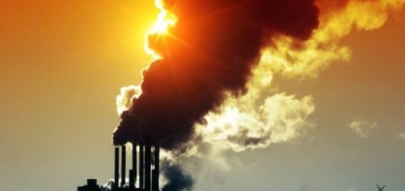 Emisja gazów to główna przyczyna ocieplenia.