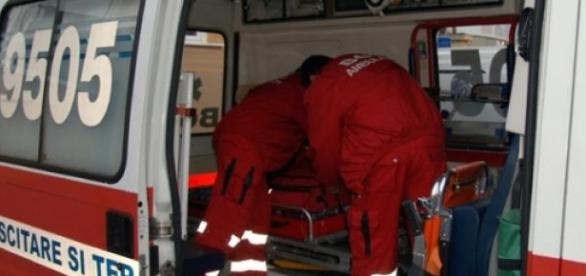 Un tânăr din Gorj a fost înjunghiat
