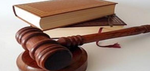 Victor Ponta trebuie deservit justiţiei