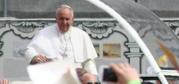Papa Francesco indica la strada contro la fame