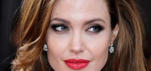 Angelina é embaixadora da boa vontade na ONU