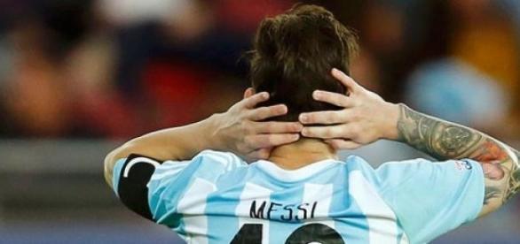 Messi lamenta el agónico empate de Paraguay