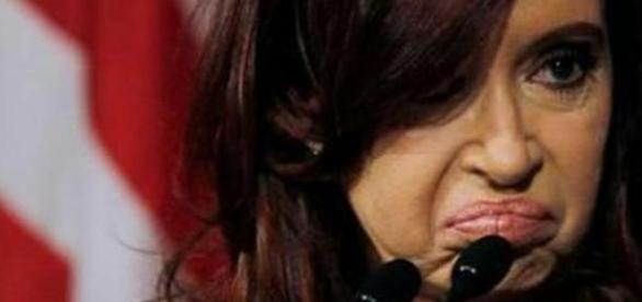 Cristina Fernández busca aferrarse al poder