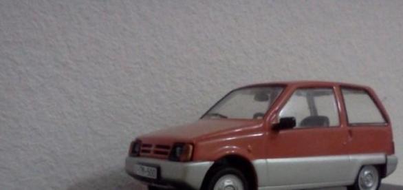 masina romaneasca dacia lastun