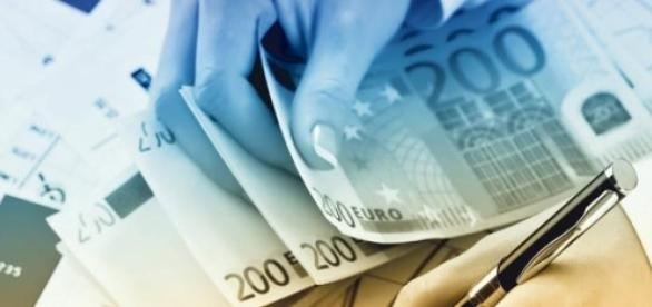 Românii   pot accesa fonduri nerambursabile
