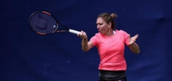 Simona Halep la antrenament