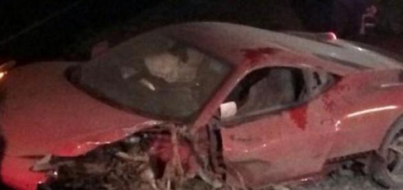 Carro do jogador ficou completamente destruído