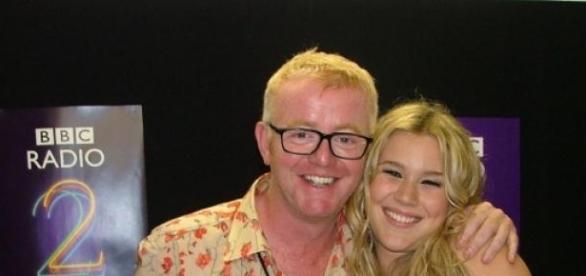 Chris Evans und Joss Stone in BBC Radio 2
