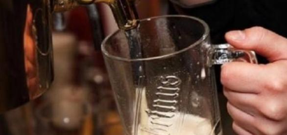 Nova lei permite o consumo de cerveja aos 16 anos