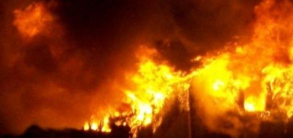 La Hădăreni au ars toate casele tiganilor