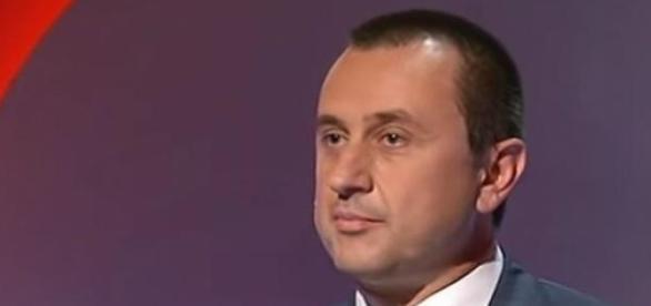 Scuola, Renzi e l'ultimo 'bluff' sul DDL: Rosato