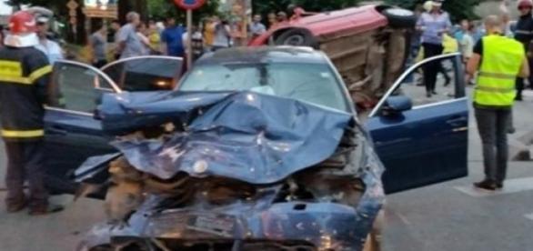 Accident rutier provocat de doi soferi incepatori