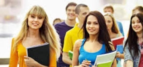 Universidade cooperativa abre vagas