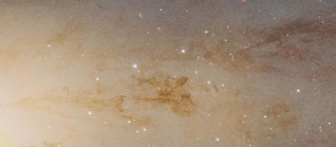 Fotografia finala a galaxiei Andromeda facuta de telescopul Hubble