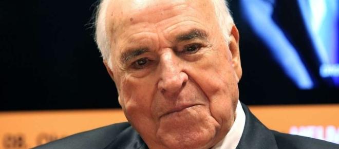 """Helmut Kohl, chancelier allemand de 1982 à 1998 est actuellement hospitalisé et """"serait dans un état critique"""" selon les média allemands."""