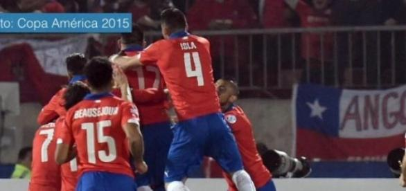 Chile vence uno por cero a Bolivia