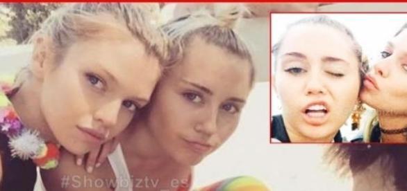 Miley Cyrus y su novia la modelo Stella Maxwell