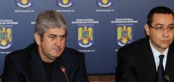Ponta şi Oprea, alături în Guvern