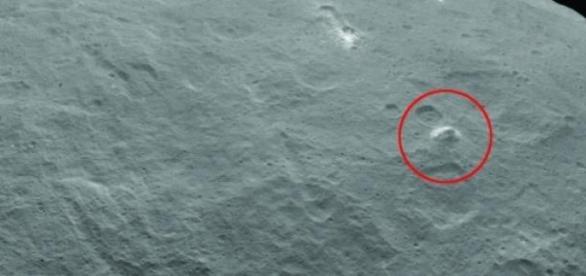 Estructura piramidal en el planeta Ceres