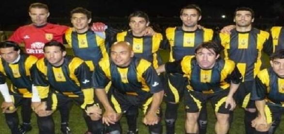 Santamarina, único líder del torneo de Primera B