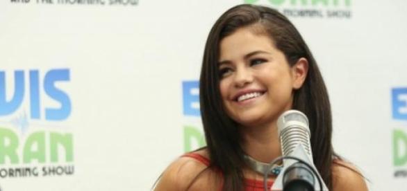 Selena Gomez durante a entrevista