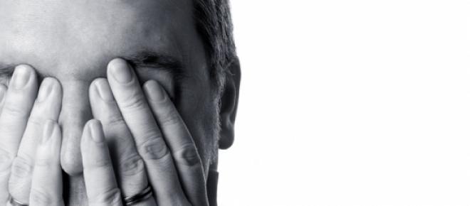 Samotność lub poczucie samotności to jedna z głównych przyczyn popełnianych samobójstw. Zwróć się o pomoc, jeśli czujesz się samotny.