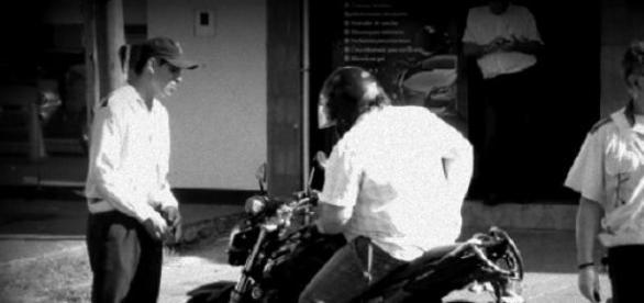 Inspectores realizando su labor de seguridad vial