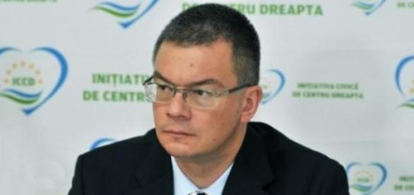Mihai Răzvan Ungureanu din nou aproape de SIE