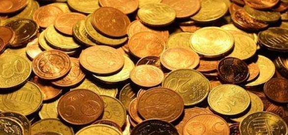 Montón de euros de poco valor